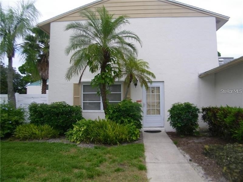 Condominium for Sale at 3223 38TH WAY S, C Clam Bayou, St. Petersburg, FL 33711