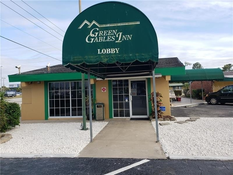 Commercial / Office for Sale at Lake Wales, FL 33859
