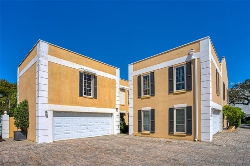 Single Family Townhouse for Sale at Bayshore Gardens, Tampa, FL 33629