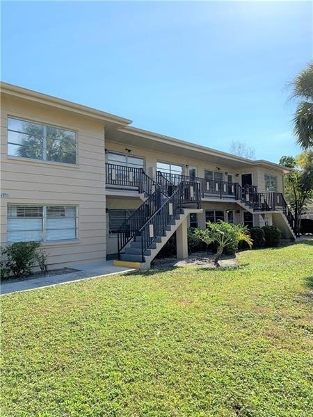 Condominium для того Продажа на 200 36TH AVENUE N, 104A Old Northeast, St. Petersburg, FL 33704