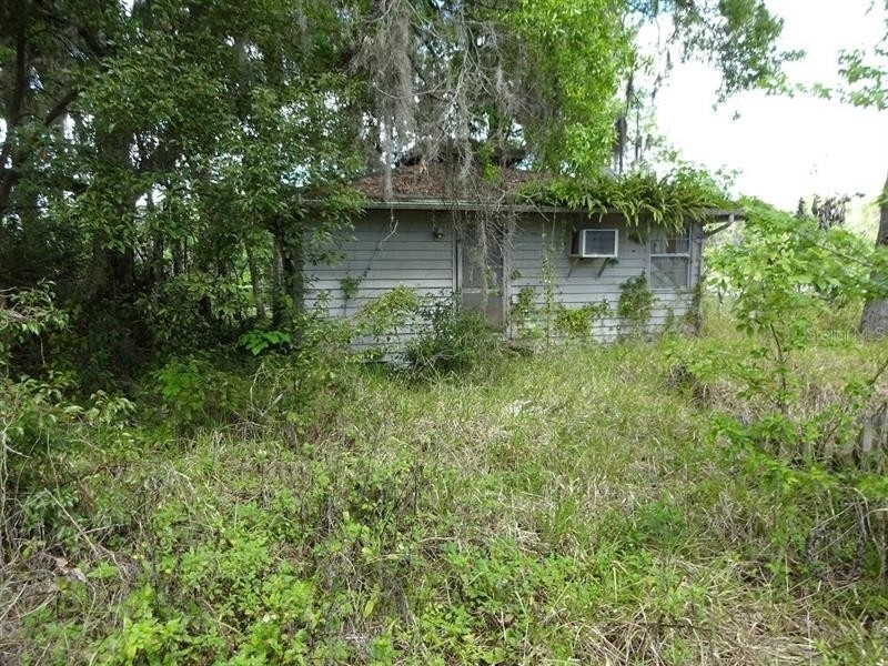 Single Family Home for Sale at Astor, FL 32102