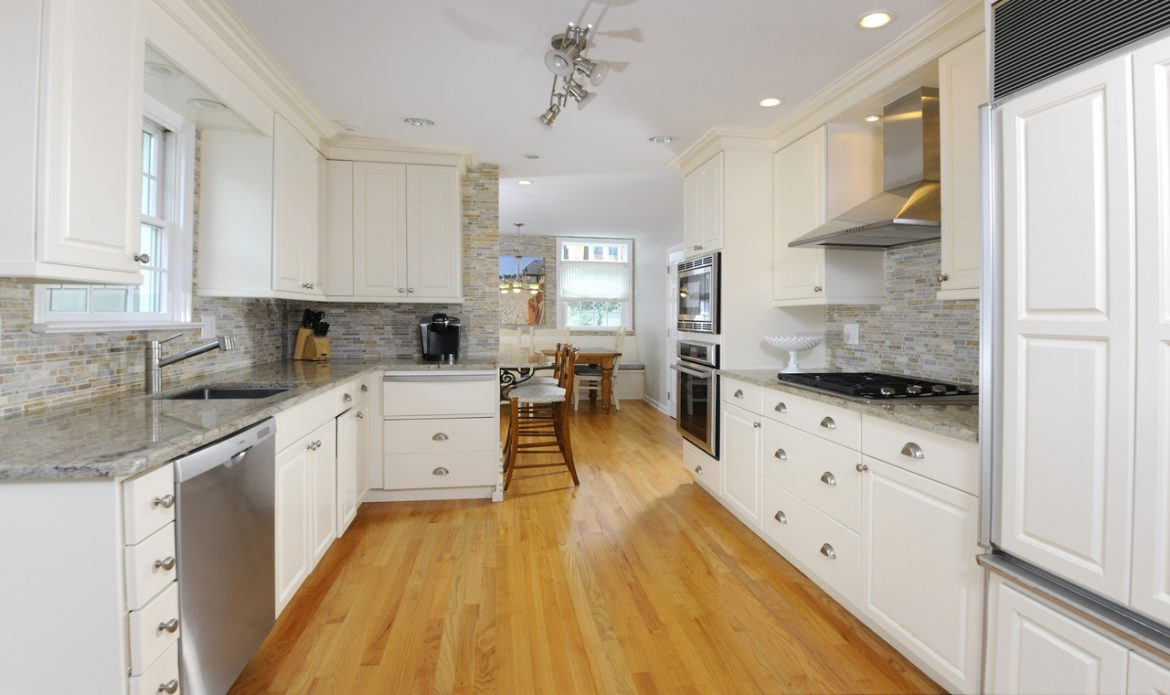 view more photos of 414 stanwich road or schedule a tour with scott elwell or beverley toepke