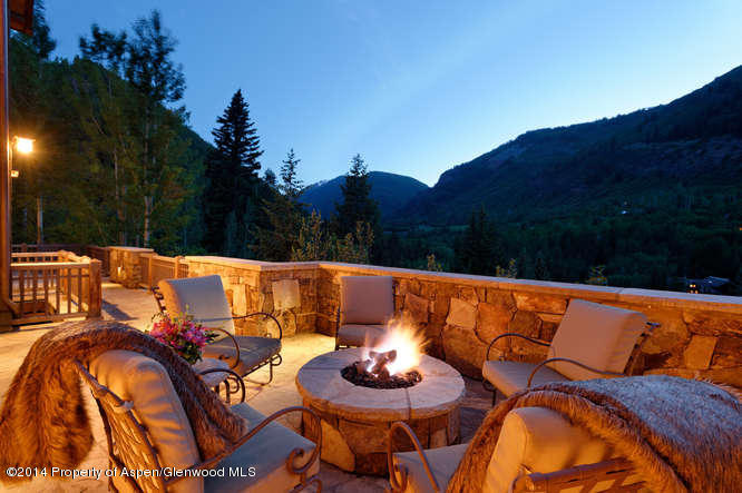 Aspen ski rentals - 155 Exhibition - fire pit