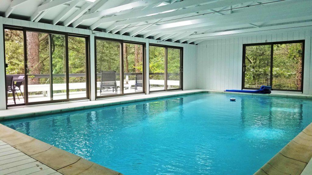24 Central Boulevard - indoor pools