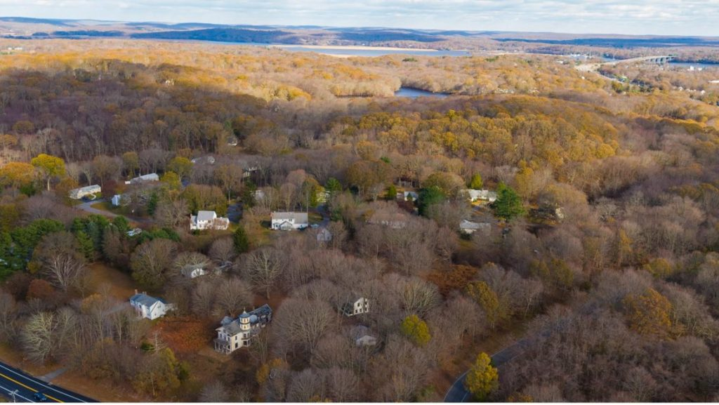 Land for Sale - 396 Middlesex Turnpike, Old Saybrook, Connecticut