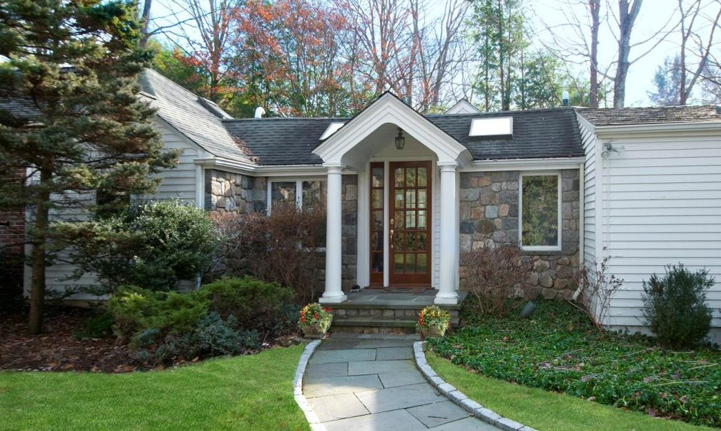 815 Valley Road, New Canaan, CT