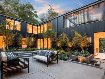 7631 Willow Glen Road best CA roofdecks