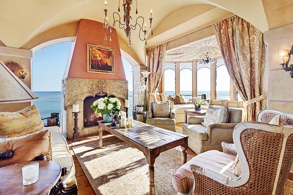 Il Pelicano, Cliffside Malibu Mansion