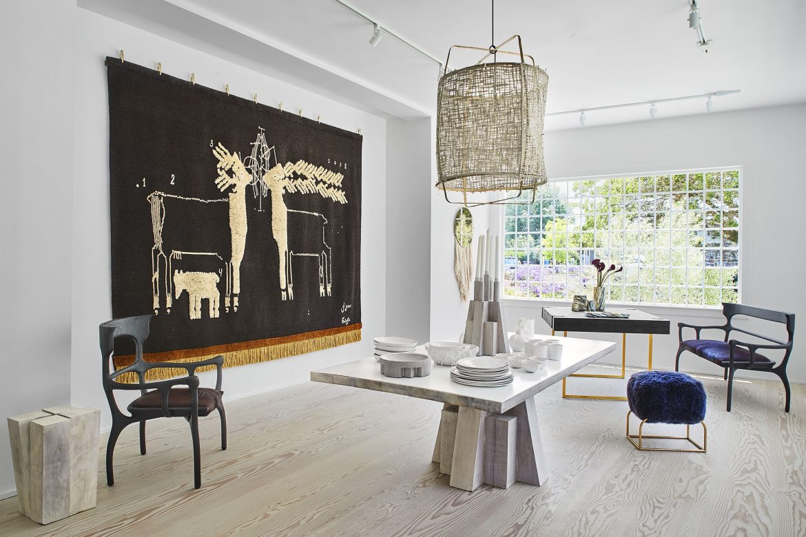 Fine Home By Design A Select Guide To Las Best Furniture And Home Interior And Landscaping Ponolsignezvosmurscom