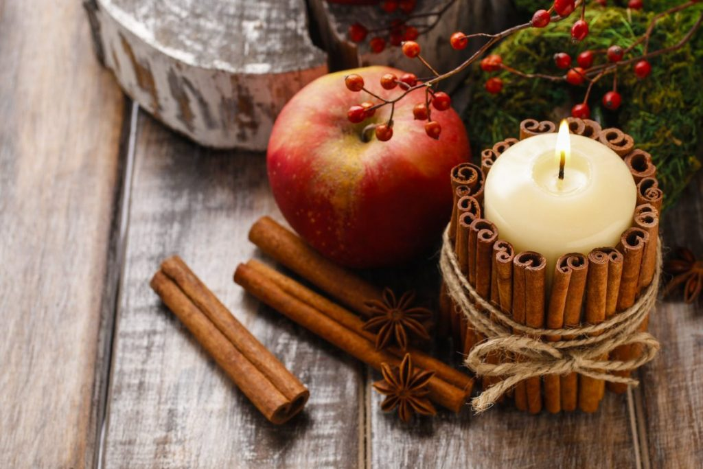 Scents & Candles