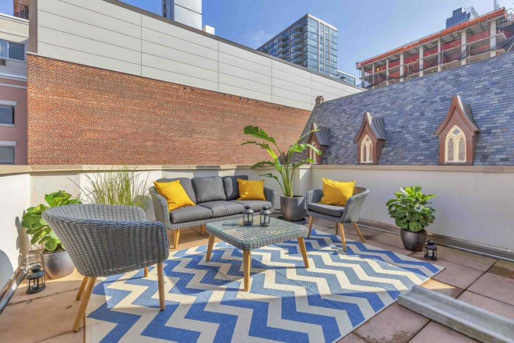 353 State St-