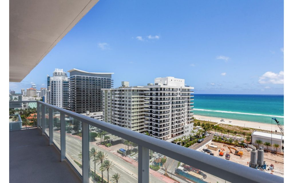 5750 Collins Ave, 16-G-H