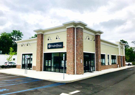 Douglas Elliman Office Smithtown, NY