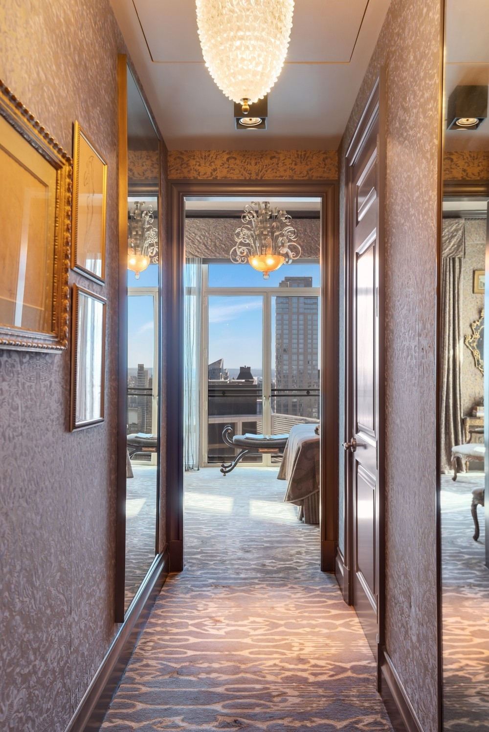 15. Condominiums for Sale at 15 Central Park West, 37A Lincoln Square, New York, NY 10023