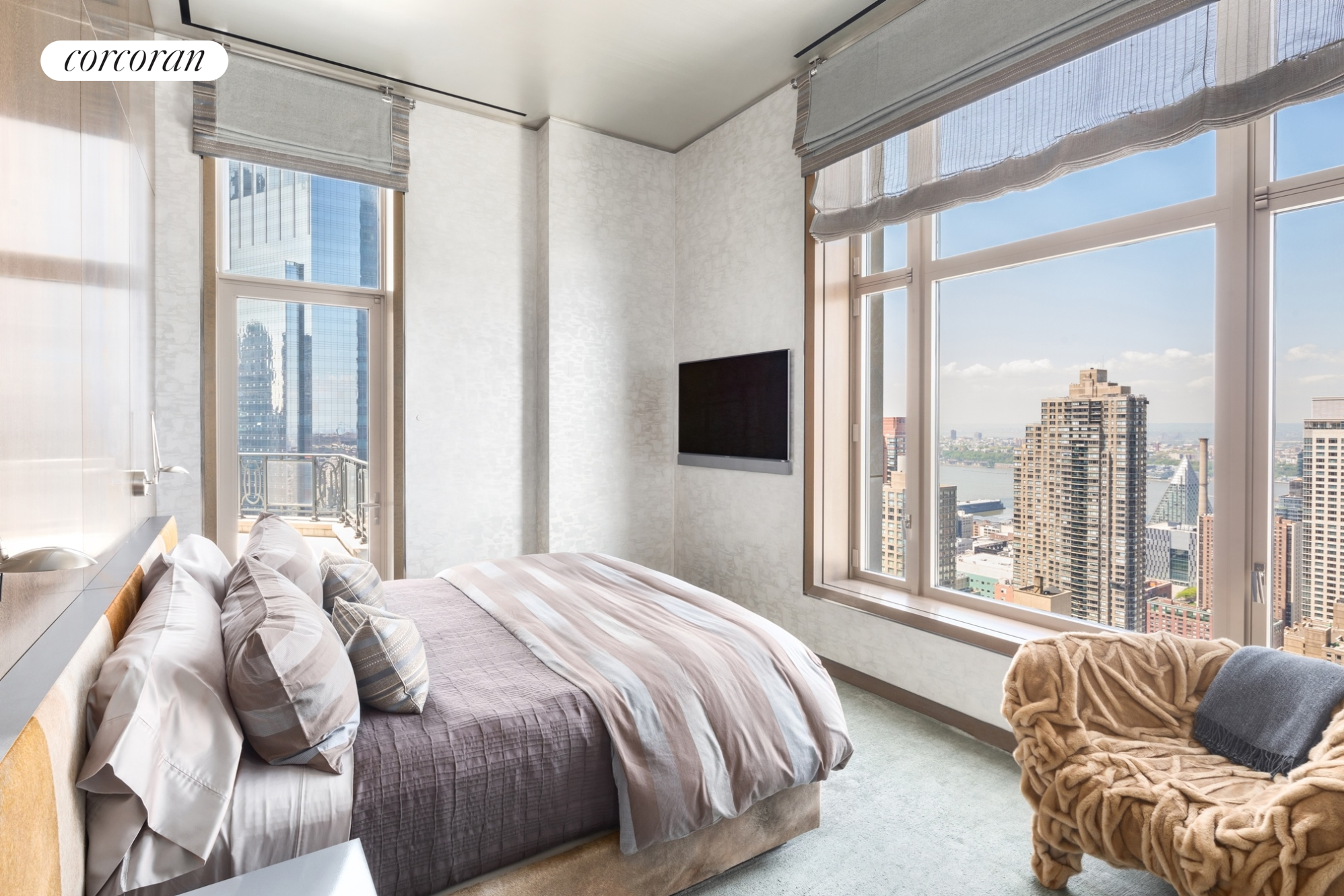 10. Condominiums for Sale at 15 Central Park West, PH43 Lincoln Square, New York, NY 10023