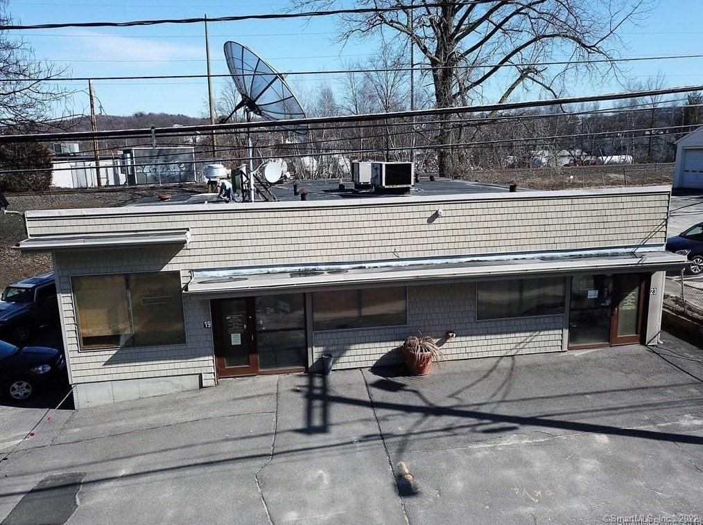 Commercial / Office for Sale at Brooklyn, Waterbury, CT 06708
