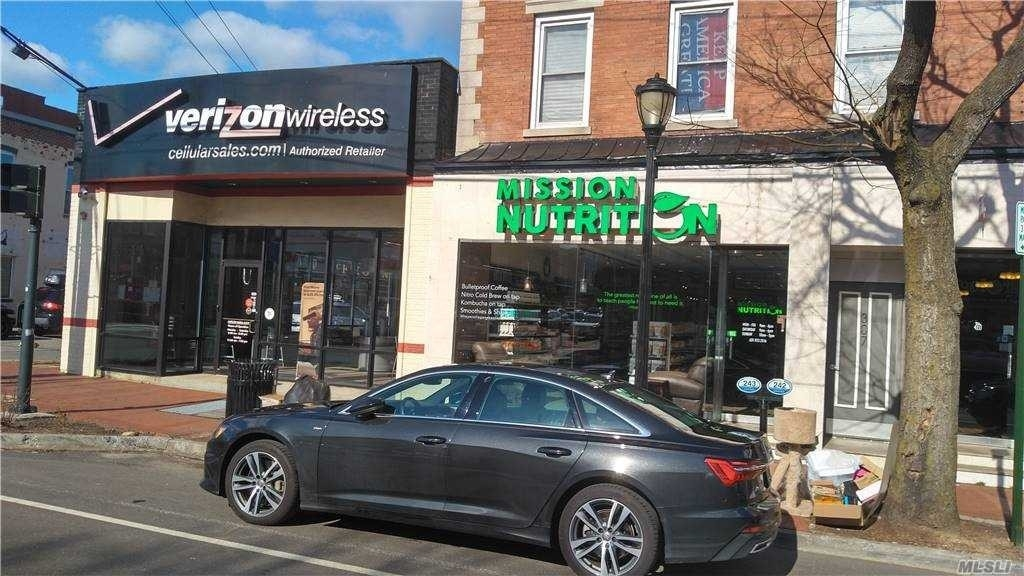 Retail Leases at 307 Main , WEST Huntington, NY 11743