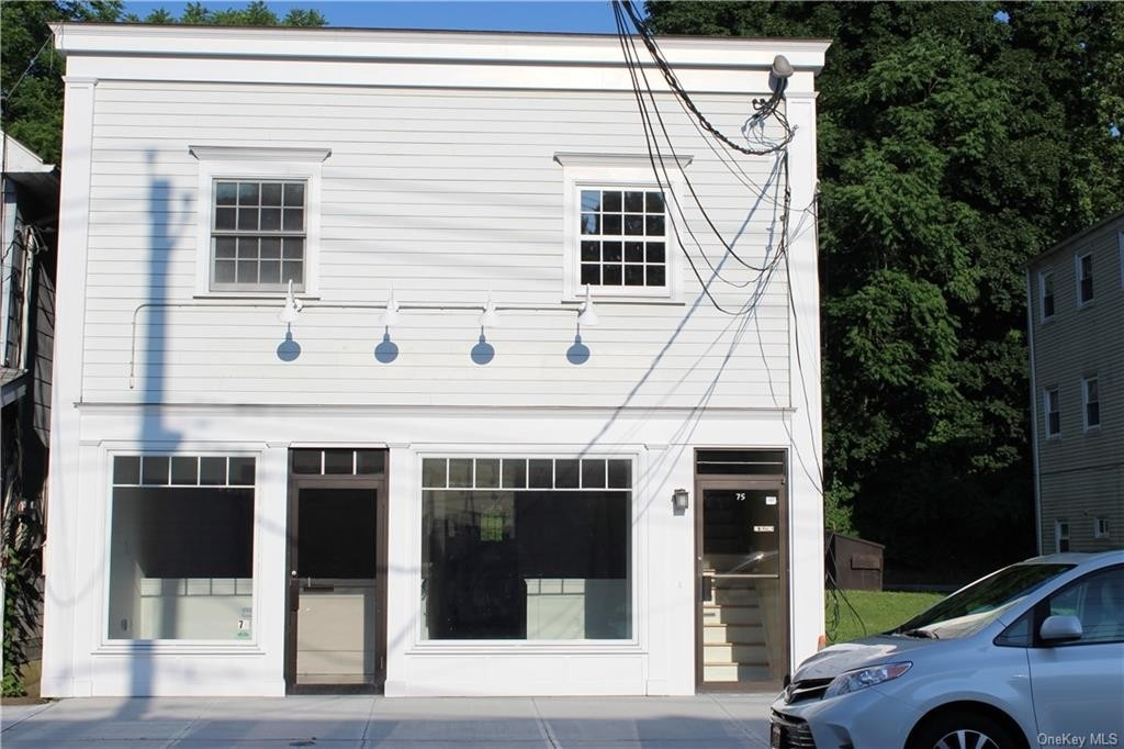 Retail Leases at 75 N Greeley Avenue, Ground Flo Chappaqua, NY 10514