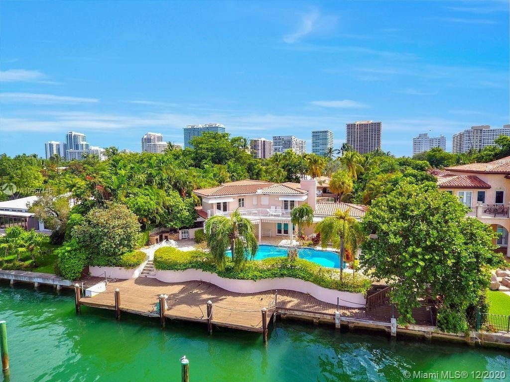 Single Family Home at Bal Harbour, FL 33154