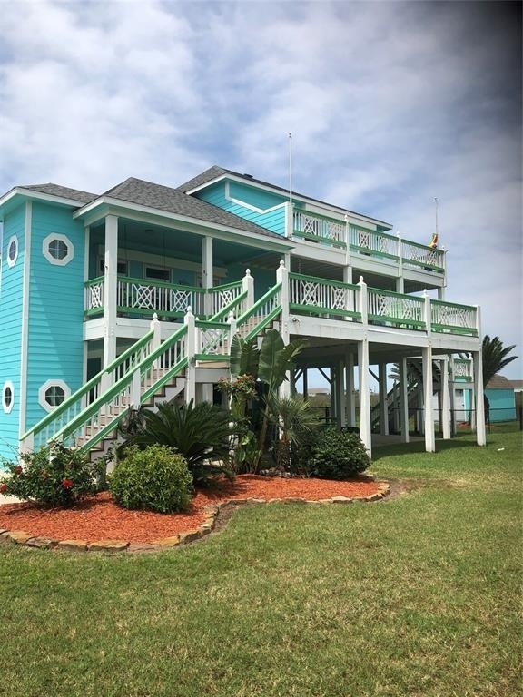 Property 在 Crystal Beach, TX 77650