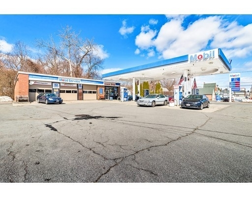 Commercial / Office for Sale at Oakdale, Holyoke, MA 01040