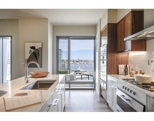 Condominium por un Venta en 300 Pier 4 Blvd , PHN Seaport District, Boston, MA 02210