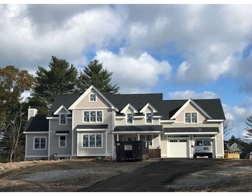Single Family Home for Sale at Hingham, MA 02043