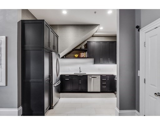 8. Condominiums for Sale at 578 Mass Ave , 2 South End, Boston, MA 02118