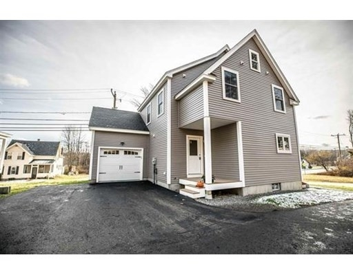 Vivienda unifamiliar por un Venta en Peterborough, NH 03458
