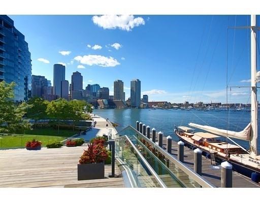 Condominium por un Venta en 22 Liberty Drive , PH1F Seaport District, Boston, MA 02210