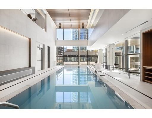 13. Condominiums 為 特賣 在 135 Seaport Boulevard , 2002 Seaport District, Boston, MA 02210