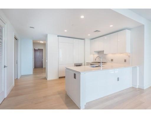 4. Condominiums 為 特賣 在 135 Seaport Boulevard , 2002 Seaport District, Boston, MA 02210