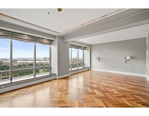 Property at 2 Avery St , 25D Midtown, Boston, MA 02111