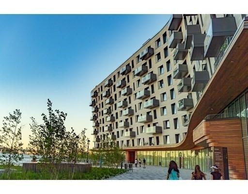 Condominium por un Venta en 300 Pier 4 Blvd , 7C Seaport District, Boston, MA 02210