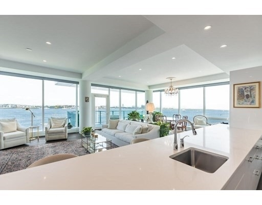 Condominium por un Venta en 50 Liberty Dr , 5B Seaport District, Boston, MA 02210