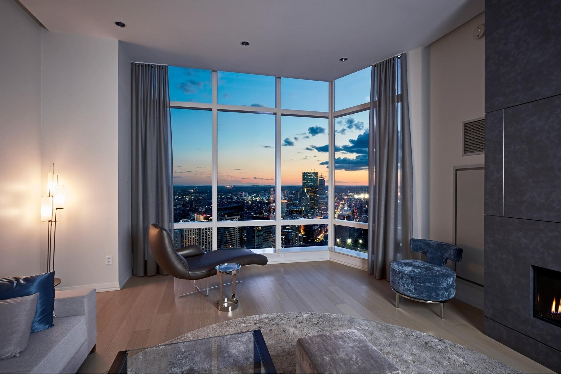4. Condominiums for Sale at 1 Franklin Street , 5501 Downtown Boston, Boston, MA 02110