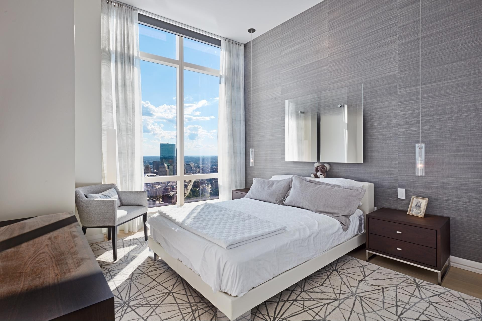 27. Condominiums for Sale at 1 Franklin Street , 5501 Downtown Boston, Boston, MA 02110