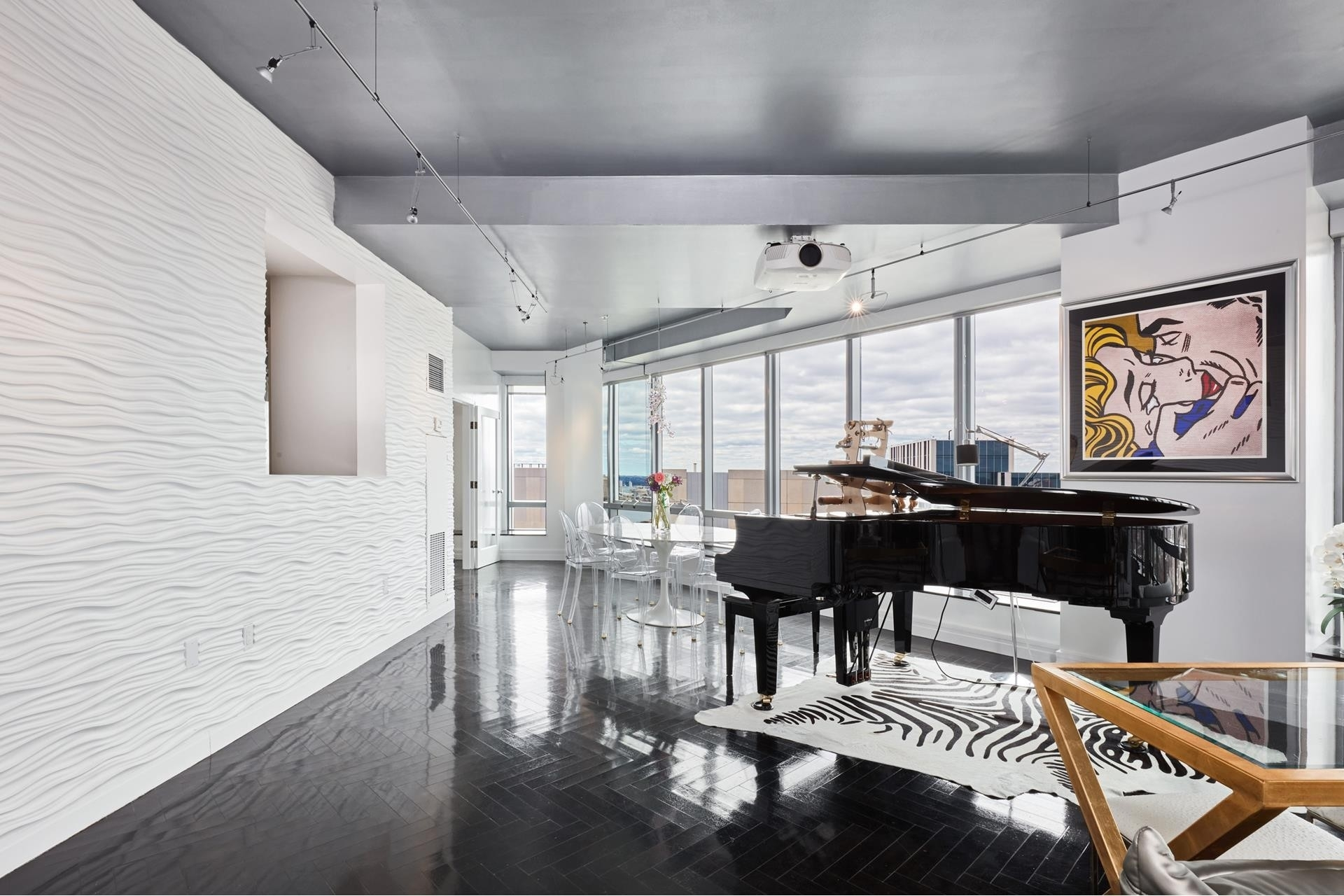 5. Condominiums for Sale at 2 Avery Street , 31C Midtown, Boston, MA 02111