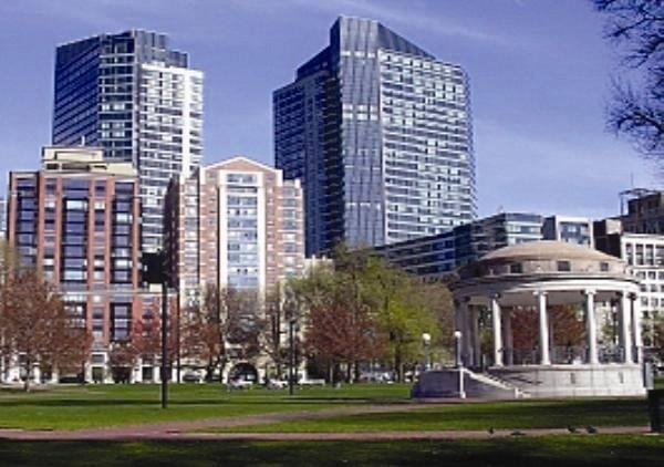 27. Condominiums for Sale at 2 Avery Street , 31C Midtown, Boston, MA 02111