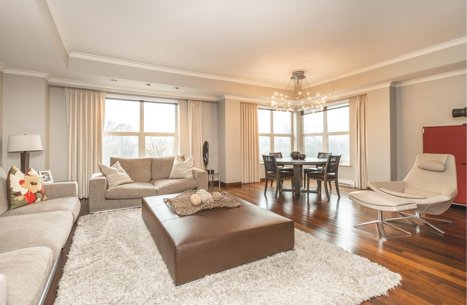3. Condominiums для того Продажа на 300 Boylston , 505 Back Bay, Boston, MA 02116