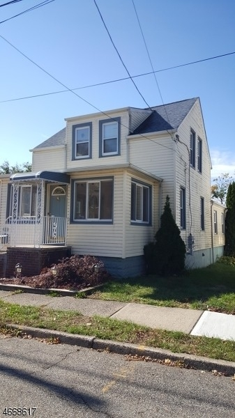 Single Family Home at Fair Lawn, NJ 07410