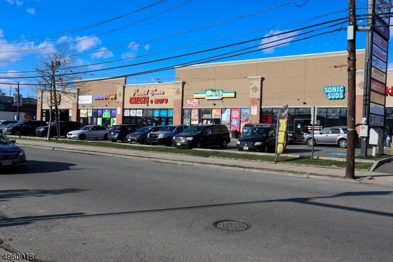 Commercial / Bureau pour l Vente à South Ironbound, Newark, NJ 07105