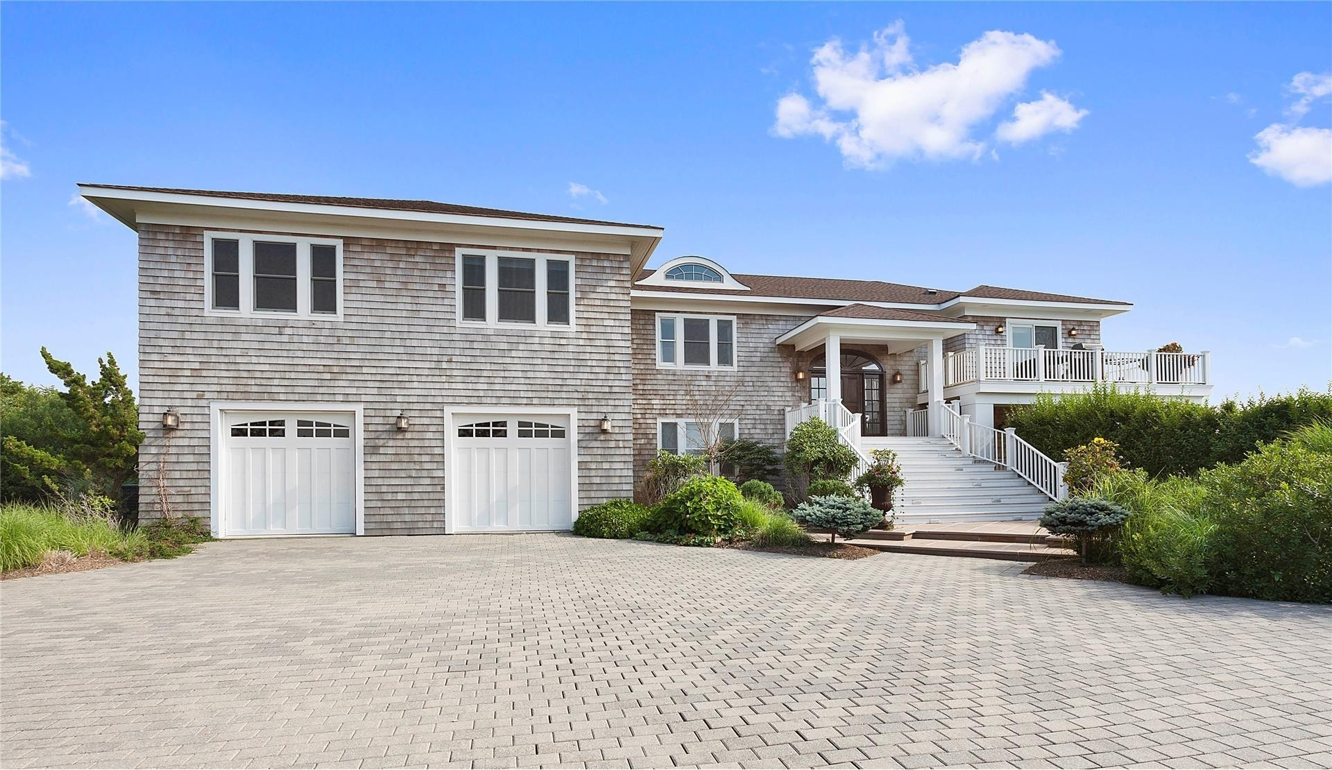 2. Single Family Homes at Quogue Village