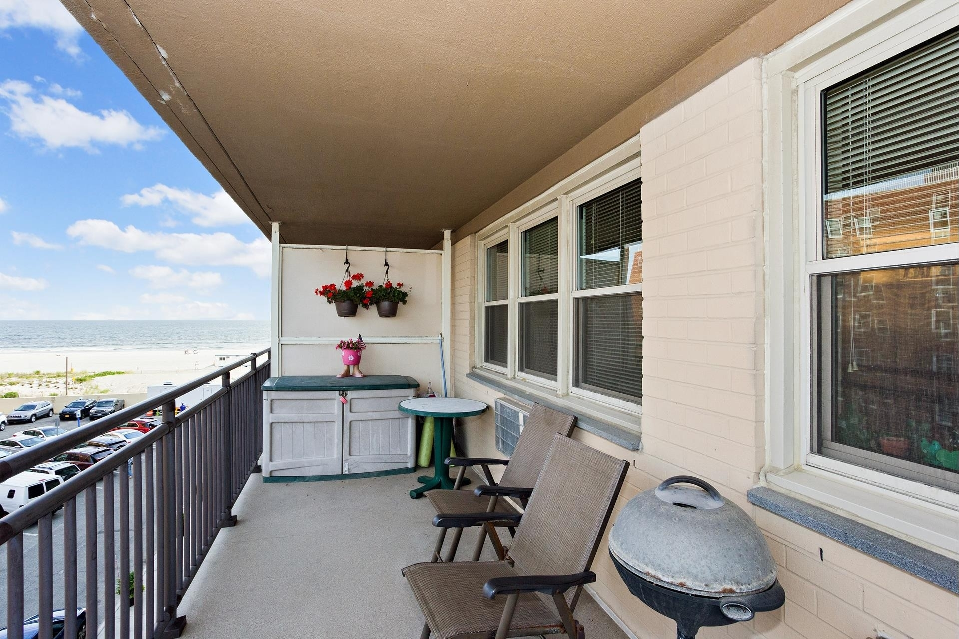 Property 在 25 Neptune Boulevard, 3T East End South, Long Beach, NY 11561