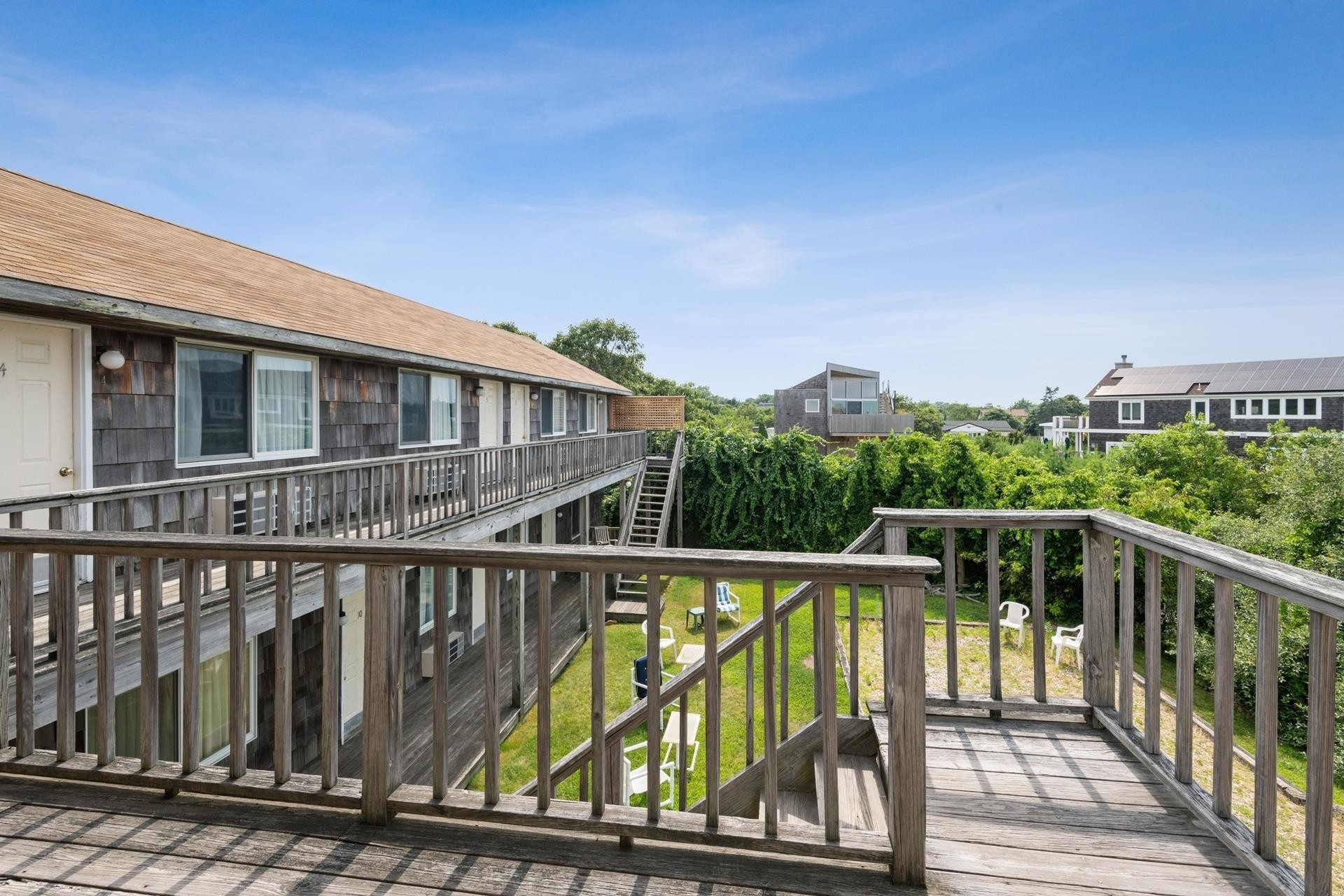 13. Hotel for Sale at Montauk, NY 11954