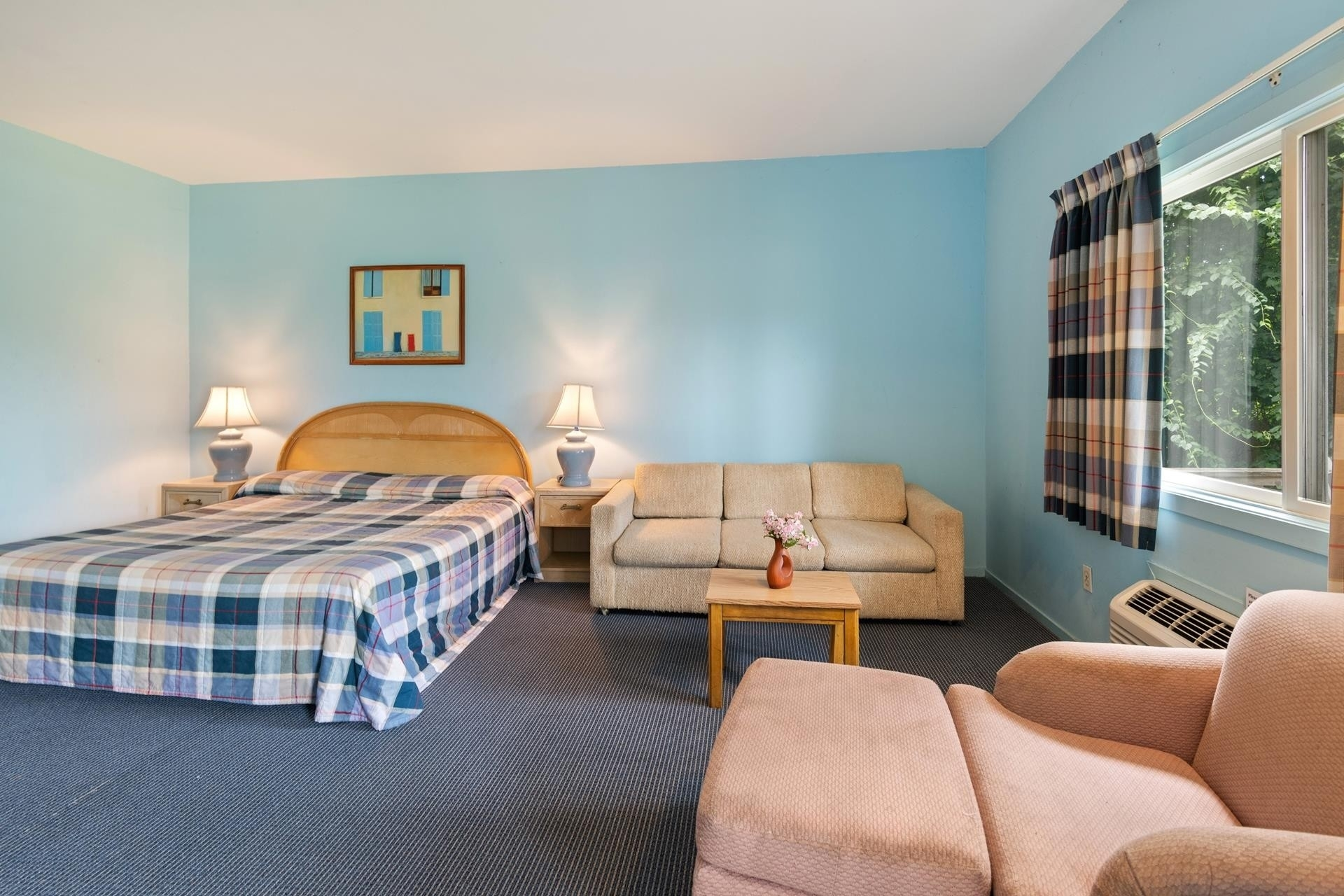 8. Hotel for Sale at Montauk, NY 11954
