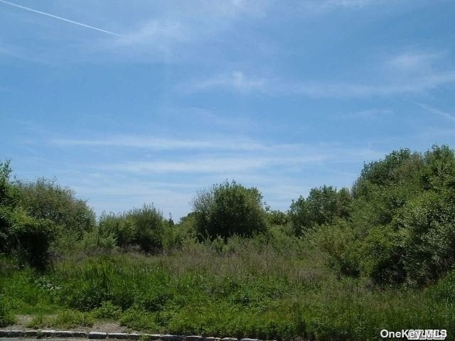 Land for Sale at Head Of The Harbor, NY 11780