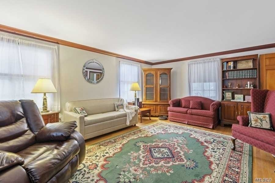 3. Single Family Homes for Sale at Laurel, NY 11948