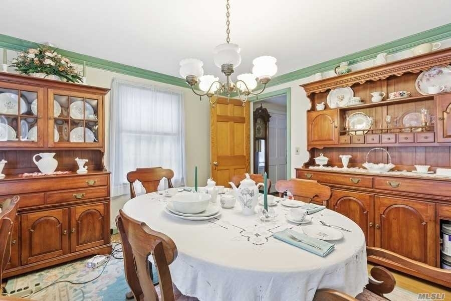5. Single Family Homes for Sale at Laurel, NY 11948