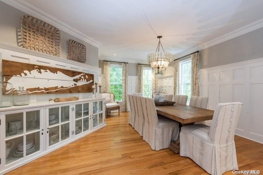 16. Single Family Homes pour l Vente à Old Field, NY 11733